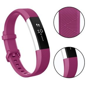 Accessories - NWOT Fitbit Alta HR Pink/Fuchsia Fashion Band